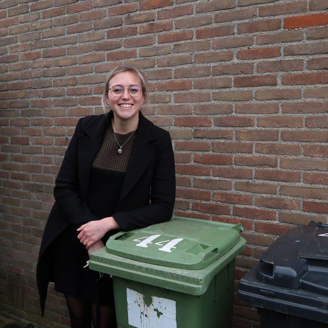 drv-aandebak-claudia-thuis-met-containers